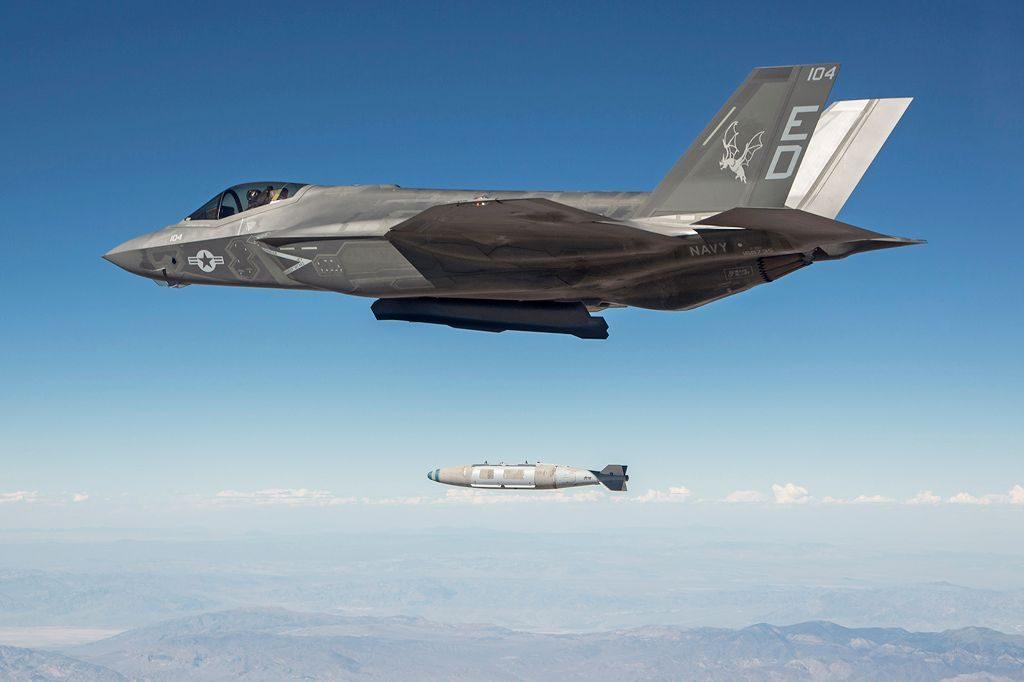 CF-08 in Block 3Fi configuration drop a GBU-31(v)2 with Maj Corey 'Rufus' Florendo at the controls over China Lake Weapon Impact Range. Lockheed Martin
